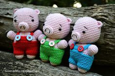 Where is the wonderland? Amigurumi Three Little Pigs <3 www.crafteina.com found it for you <3