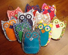Owl ornaments - quick, cheap, easy, cute...what more could you ask for from a DIY project?!