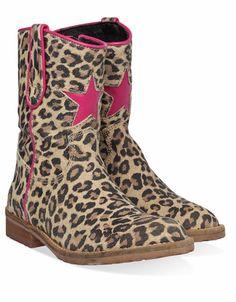 Bruine Hip kinderschoenen H1324 boots Little Girl Fashion, Kids Fashion, Little Girls, Baby Girls, Sock Shoes, Girly Things, Cool Kids, My Girl, Cowboy Boots