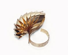 Gijs Bakker, Tien lussen (31)  bracelet  1965  yellow gold