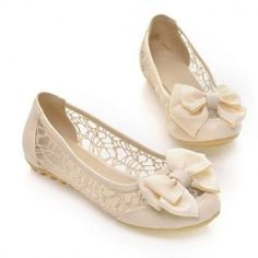 $17.98 Sweet Women's Flat Shoes With Bows and Gauze Design - I want! Too cute! <3