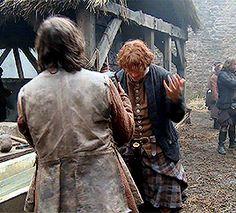Sexier than Braveheart — Sam Heughan BTS Outlander Funny, Outlander Quotes, Outlander Season 1, Outlander Casting, Outlander Book Series, Diana Gabaldon, Fangirl, Books, Outlander Tv Series
