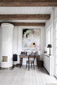 The color balance within the canvas and the space is very close to perfect.