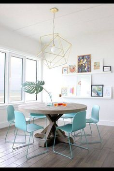 Contemporary dining room furniture wood table and light blue plastic dining chairs - Home Interior Design Ideas Dining Room Inspiration, Interior Inspiration, Inspiration Design, Shelf Inspiration, Dining Room Design, Dining Area, Dining Rooms, Small Dining, Dining Tables