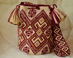 Crocheted Mochila bags wayuu tecnique by SchastlyvaTorba Cute Crochet, Hand Crochet, Knit Crochet, Tapestry Bag, Tapestry Crochet, Crochet Handbags, Crochet Purses, Boho Bags, Beaded Bags