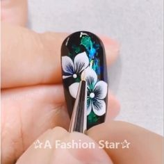Nail Ideas Discover Nail Art A Fashion Star Rose Nail Art, Floral Nail Art, Rose Nails, Flower Nails, Bright Summer Acrylic Nails, Cute Acrylic Nails, Nail Art Designs Videos, Nail Art Videos, Nail Art Hacks
