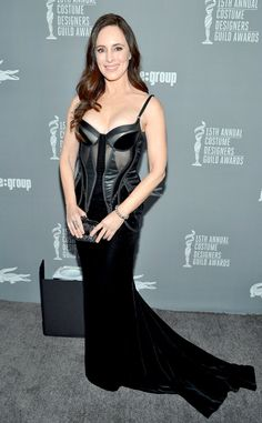 Madeleine Stowe Corset Dress - Madeleine Stowe vamped things up in this black velvet corset dress at the Costume Designers Guild Awards. Madeleine Stowe, Carolyn Jones, Hollywood, Ageless Beauty, Designers Guild, Red Carpet Looks, Celebs, Celebrities Fashion, Celebrity Style