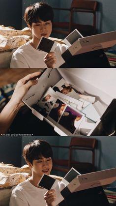 """#wattpad #fiksi-penggemar """" hai Hyung kapan kau pulang? Apa kau malu punya adik cacat sepertiku?""""  Batin Tae. Seokjin, Kim Namjoon, Kim Taehyung, Jimin, Bts Jin, Ailee, K Pop, Jung Hoseok, Yoongi"""