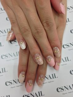 LOVE these nails!! So cute
