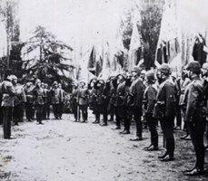 SAVAŞIN KAHRAMAN ALAYI:   Yarbay Mustafa Kemal'in emrindeki 57. Alay Anzakları durdurdu