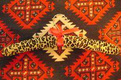 Leapard Hanger w/Pink ribbon