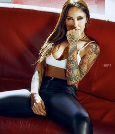 Tattooed Girls, Inked Girls, Most Beautiful Models, Cowgirl Outfits, Gothic Fashion, Pin Up Girls, Girl Tattoos, Leather Pants, Lederhosen