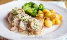 Beef Wellington recipe from Gordon Ramsay Rosemary Recipes, Beef Wellington Recipe, Oven Roasted Potatoes, Good Food, Yummy Food, Gordon Ramsay, Food And Drink, Lunch, Meals