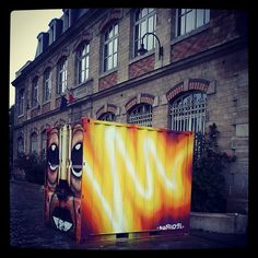 @marko93darkvapor   #graffiti #paris #light #marko93 #dacruz #cdt93 #spray   Webstagram - the best Instagram viewer