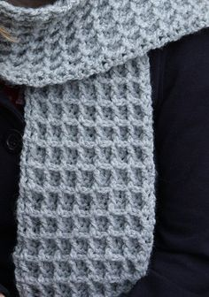 Lion Brand Free Pattern for Scarf - Could work for men