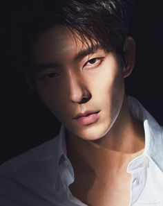 Lee Joon Gi has a new drama coming up with leading lady Seo Ye Ji and we can't wait! From AsianWiki: Bong Sang-Pil (Lee Joon Gi) is a former gang member, but he now works as a lawyer. Lee Jun Ki, Lee Joongi, Lee Min Ho, Moon Lovers Scarlet Heart Ryeo, Hyun Soo, Mark Bambam, W Two Worlds, Sung Hoon, Idole