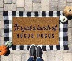 It's just a bunch of Hocus Pocus | Halloween Doormat | Hocus Pocus Doormat | Halloween Decor | Funny Doormat | Fall Doormat | Fall Decor