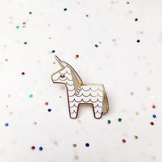 Licorne Piñata dur émail Cloisonné épinglette