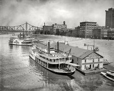 MONONGAHELA WHARF - 1910  Photo Taken From Smithfield Street Bridge