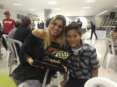 Melhor piloto de kart 2015 em duas categorias - Tribuna autódromo de Interlagos Mar/2016 / com a mamãe Juliana