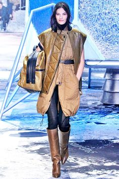 You'll Want Everything From H&M's New Fall Line #refinery29  http://www.refinery29.com/2015/03/83321/h-m-paris-fashion-week-show-review-fall-2015#slide-2  ...