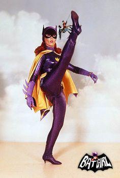 Yvonne Craig as Batgirl and Barbara Gordon Batman And Batgirl, Batman 1966, Superman, Batman Y Robin, I Am Batman, James Gordon, Dc Comics, Hq Dc, Batman Tv Series