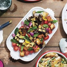 Tuscan grilled bread and tomato salad makes a perfect addition to any summer barbecue. Get this panzanella recipe and more at Chatelaine.com
