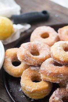 These Lemon Sugar Biscuit Donuts from Lemons For Lulu are an easy way to curb your donut cravings! They fry up light and fluffy and make the perfect tangy sweet treat during the spring and summer months! Biscuit Donuts, Baked Donuts, Doughnuts, Yummy Donuts, Easter Recipes, Brunch Recipes, Dessert Recipes, Breakfast Recipes, Sweets Recipe