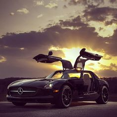Magnificent #Mercedes Benz SLS AMG #Gullwing