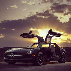 Magnificent #Mercedes Benz SLS AMG #Gullwing