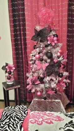 Pinkblack and white 4 ft. Christmas tree I did for Black Christmas Tree Decorations, Black Christmas Trees, Christmas Rose, Purple Christmas, Beautiful Christmas, Christmas Themes, Christmas Holidays, Color Rosa, Christmas Inspiration
