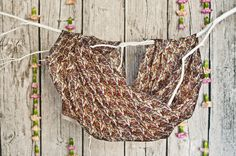 Szale jedwabne z Indii - duży wybór wzorów - idealne na prezent / Silk scarves from India - large selection of designs - perfect for gift / Seidentücher aus Indien - große Auswahl an Designs - ideal für Geschenk #boho #bohostreetwear #silk #design #girl #perfectgift #jedwab #chusty #dodatkiboho