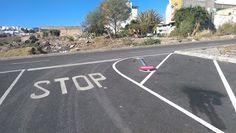 Tamaraceite: Estercolero en los aparcamiento de la Calle Melcho...