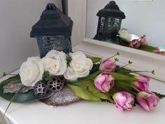 Jar, Videos, Flowers, Home Decor, Decoration Home, Room Decor, Royal Icing Flowers, Home Interior Design, Flower