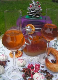 teller-cake: a karácsonyi likőr Teller, Punch Bowls, Alcoholic Drinks, Recipies, Cooking Recipes, Xmas, Foods, Recipes, Food Food