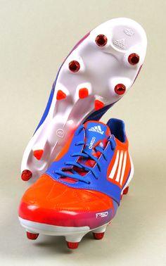Adidas F50 adizero XTRX SG LEA Fußballschuh http://www.ebay.de/itm/Adidas-F50-adizero-XTRX-SG-LEA-Gr-39-1-3-46-NEU-OVP-Fusballschuh-/151106411803?pt=DE_Sport_Fu%C3%9Fball_Fu%C3%9Fballschuhe&var=&hash=item68d20808fe