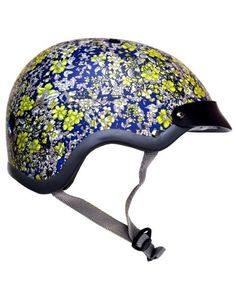 NELE - The new limited edition 'Midnight Blue' bike helmet is simply stunningly beautiful. A fresh take on the original Floral but with alternative allure. Fans of Erdem, Liberty London or even Laura Ashley will feel at home with this elegant & very pleasing design. It's perfect for ladies who lunch…and bike to get there.
