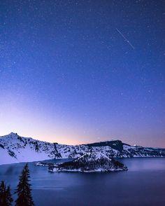 Crater Lake National Park, Oregon - photo by Adam McKibben (@adammckibben).