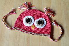 My oldest wanted a pink owl hat. So here it goes... =)