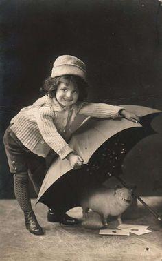 15 Amazing and Mysteriously Unexplainable Vintage Photos - Roasted.com