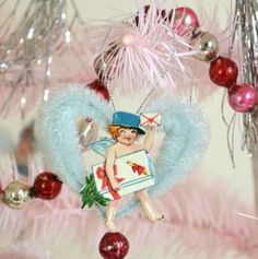 Vintage Style Chenille Pipe Cleaner Stem * DIY Valentine's Day Cupid * Ornament Inspiration