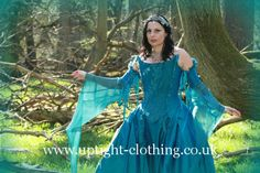 This is fairytale gown consists of a 18th century fronted corset in turquoise silk, allowing space for a beautiful swathe of embroidered decoration, of ruched chiffon, crystals and embroidered Dragonflies....with the usual waist reducing cut of corset Uptight is renound for...best of both worlds!The sleeves are separate, with dragonflies around the top, flowing into a delicate chiffon medieval sleeve. Turquoise Wedding Dresses, Fairytale Gown, Gorgeous Fabrics, Fishtail, Looking Stunning, Dragonflies, Skirt Fashion, 18th Century, Separate