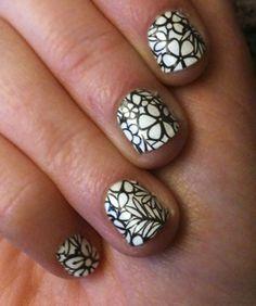 Sally Hansen's Salon Effect Nail Polish Strips