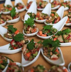 Passed appetizers on Chinese Spoons. Wedding Reception Idea