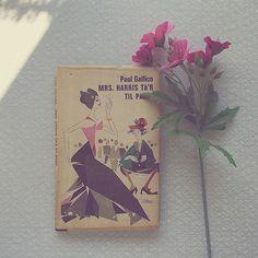 """4 Synes godt om, 1 kommentarer – Dansk vintagetypografi (@danskbogdesign) på Instagram: """"Bookcover with beautiful illustration. #danishbookdesign #danishdesign"""" Book Cover Design, Danish, Books, Vintage, Art, Art Background, Libros, Envelope Design, Danish Pastries"""