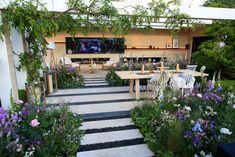 Chelsea Flower Show 2016 Retrospective: The LG Smart Garden – The Frustrated Gardener Garden Art, Garden Design, Garden Ideas, Chelsea Garden, Smart Garden, Modern Cottage, Chelsea Flower Show, Garden Planning, Pretty Flowers