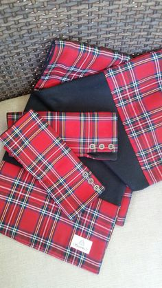 Scottish sweethearts in kilts fourway nail