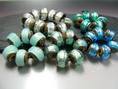 Love these sparkling rocks! GlassBeadArt Lampwork Beads