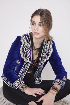 Visitá la nueva colección Invierno 16 en Rapsodia.com > Saco Golden Amber
