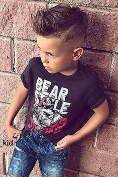 30 trendy boy hairstyles for stylish little boys Boys Haircuts 2018, Stylish Boy Haircuts, Boy Haircuts Short, Cool Boys Haircuts, Little Boy Hairstyles, Toddler Boy Haircuts, Haircuts For Men, Cool Hairstyles, Boys Hairstyles Trendy